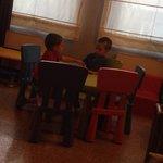 Tavolo dell'angolo sala giochi