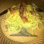 spaghettis a la carbonna - TRES bon