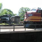 F-unit and GP at turntable