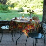 petit déjeuner sur la terrasse