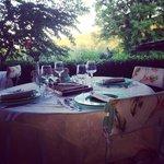 Al fresco dining on the terrace at il Casolare di Libbiano