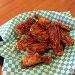 Moe's Wings