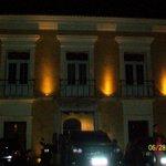 C.Onze Janelas, à noite