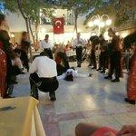 Turks dansen tijdens het eten