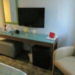 Sitzecke mit TV-Gerät