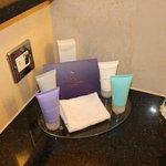 Free Aromatherapy Associates toiletries!