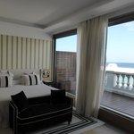 Bedroom & terrace