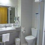 El baño amplio