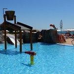 La nueva zona de piscina para niños espectacular. Gracias a los socorristas Belén, Arturo y Anto