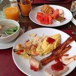 朝食 Breakfast.