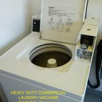 COMMERCIAL WASHING MACHINE USES 1 TOKEN ($3) - 30MIN.