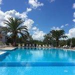 la piscina del residence