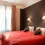 Photo of Quality Hotel Abaca Messidor Paris