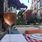 Розовое вино: отлично в жаркую погоду