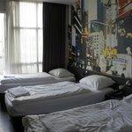cuarto de tres camas