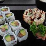 California roll et mini tartare saumon avocat