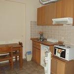 Kitchen area / dining