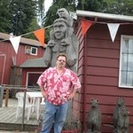bigfoot carving