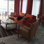 salon, salle à manger, terrasse