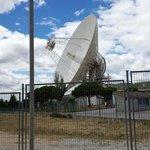 La antena más grande, con 70 metros de diámetro