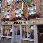 Molly's Restaurant and Takeaway