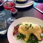 """BLT"" Benedict with a glass of Nico Wines ""Nicolina"" Rose"