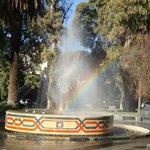 Plaza Chile y el Arco Iris