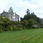 Eltermere Inn and front garden