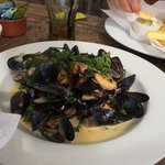 mussels in white wine and cream sauce