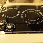 2-burner induction cooktop - Corporate King Suite