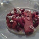Dessert fraises des bois et fromage blanc