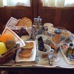 ボリュームたっぷりな朝食
