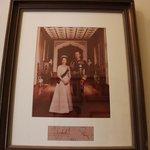Елизаветта посетила девон хаус в 70-х