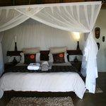 King bed in Paperbark