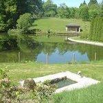 vue du lac du parc et de la volière (aujourd'hui espace de repos)