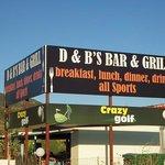 D & B's Bar & Grill Kalamaki
