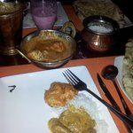 Murgh Punjabi más un Balty Gosht
