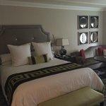 Bed-Octavius Room
