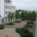 Blick vom Balkon Richtung Park