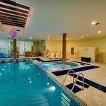 Piscina interior * Indoor pool