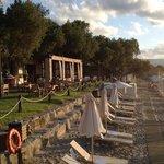 Beach club in Nopigia