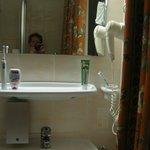 Duschgel und Fön vorhanden