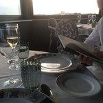 diner au restaurant avec une vue superbe