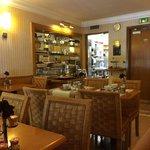 sala de desayuno y buffet