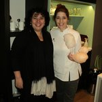 con Isabel, la dueña de Smeterling