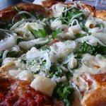 Cafe Pesto Pizza