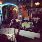 Kibbes Fusion Restaurante Arabe  |  Calle 16 # 100 - 98, Cali