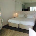 7. Etage-white floor