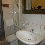 Erminia bathroom (moldy one)