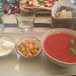 Tomato soup with mozarella